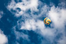 Free Hot Air Balloon In Air Royalty Free Stock Images - 126898199