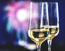 Free Close-Up Photo Of Champagne Glasses Royalty Free Stock Images - 127260089