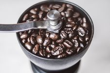 Free Coffee Beans In Coffee Grinder Stock Photography - 127260482