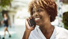 Free Person Talking To Someone Over The Phone Stock Photo - 127314930