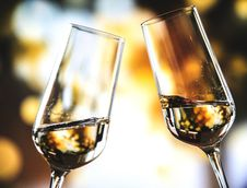 Free Bokeh Photo Of Two Toast Clear Glass Wine Glasses Royalty Free Stock Photography - 127314937