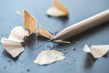 Free Close-up Photography Of Brown Pencil With Pencil Shavings On Table Stock Images - 127315054