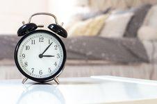Free Alarm Analog Clock At 3:06 Stock Photo - 127450160