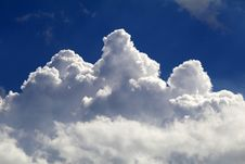 Free Photography Of Fluffy Clouds Royalty Free Stock Images - 127650239