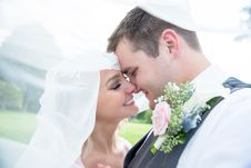 Free Close-up Photography Of Newly Wed Couple Royalty Free Stock Photography - 127650327