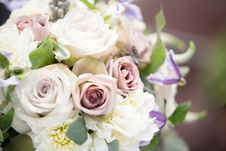 Free White And Pink Rose Bouquet Royalty Free Stock Image - 127650506