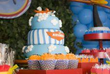 Free Blue, Yellow, Cake Decorating, Sweetness Royalty Free Stock Photo - 127904905