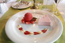 Free Dessert, Food, Panna Cotta, Frozen Dessert Royalty Free Stock Photos - 127905078