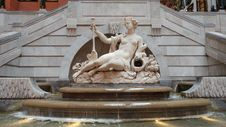Free Sculpture, Statue, Classical Sculpture, Fountain Stock Photos - 127905583