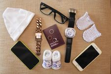Free Product, Fashion Accessory, Font, Brand Royalty Free Stock Images - 127905599