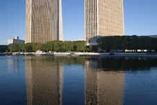 Free Office Buildings Reflections Stock Images - 1285544