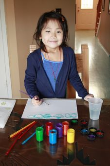Free Asian Preschooler Painting Royalty Free Stock Photography - 12816327