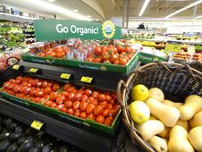 Free Natural Foods, Produce, Vegetable, Supermarket Stock Photography - 128257882