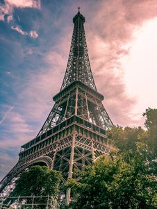 Free Eiffel Tower In Paris France Stock Photo - 128405070