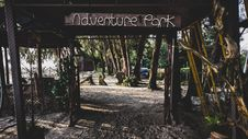 Free Adventure Park Signage Royalty Free Stock Photo - 128405195