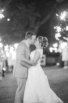 Free Grayscale Photo Of Wedding Couple Stock Photo - 128558330