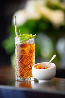 Free Clear Highball Glass With Iced Tea Royalty Free Stock Photos - 128807908