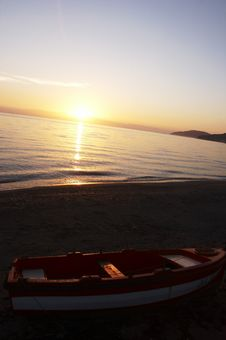 Free Sunset On The Beach Stock Photo - 1290130