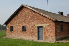 Free Barracks At Auschwitz II- Birkenau Royalty Free Stock Photos - 1290928