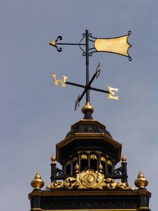 Free Gilded Golden Weathervane Stock Images - 1295104