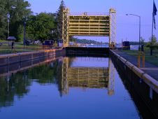 Free Canal Water Royalty Free Stock Photos - 1296098