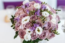 Free Close-up Photo Of Pink And White Faux Rose Bouquet Royalty Free Stock Photo - 129227955