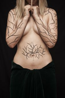 Free Topless Woman With Tattoo Royalty Free Stock Photography - 129228317