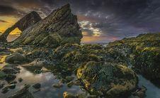 Free Rocks Near Body Of Water Royalty Free Stock Photography - 129251567