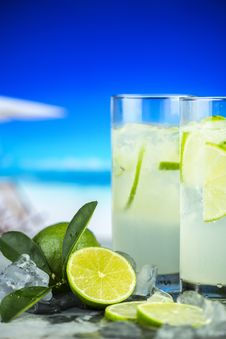 Free Two Glasses Of Lime Juice Stock Images - 129415144