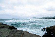 Free Waves Hitting Rocks Royalty Free Stock Image - 129415176
