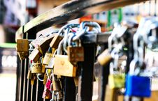 Free Love Locks On Hand Rail Royalty Free Stock Photo - 129415435