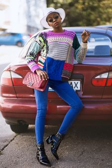 Free Woman Wearing Colorful Sweater Stock Photography - 129686592