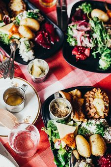 Free Varieties Of Dish In Bowls On Table Royalty Free Stock Photos - 129686658