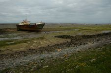 Free Shipwreack On Walney Island Royalty Free Stock Photos - 139558