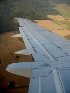 Free Plane Wing Royalty Free Stock Photography - 1302417
