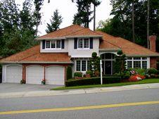 Free Luxury House Royalty Free Stock Images - 1303579