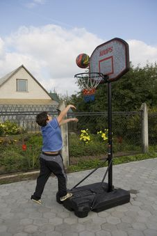 Free Doy Game Of Basketball Stock Photography - 1304592