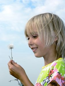 Free Girl And Flower Royalty Free Stock Photo - 1304675