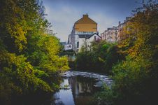 Free Photo Of Houses Near The River Stock Photo - 130178530