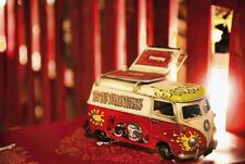 Free Red And White Volkswagen T2 Die-cast Scale Model Screenshot Royalty Free Stock Photo - 130178675