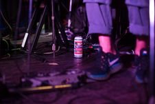 Free Selective Photo Of A Can Of Beer On The Floor Royalty Free Stock Photo - 130289915