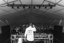 Free Grayscale Photo Of Dj Playing Music Royalty Free Stock Photography - 130425337