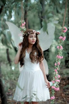 Free Woman Doing Photoshoot While In Fairy Costume Stock Photos - 130575243