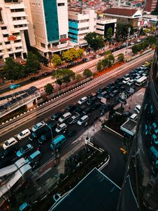 Free Bird S-eye View Photo Of Vehicles On Roadway Stock Photos - 130575273