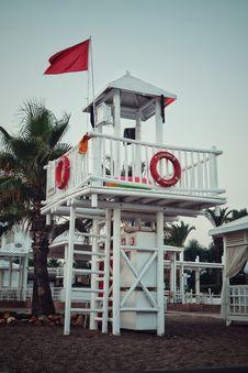 Free Lifeguard Tower Royalty Free Stock Image - 130575286