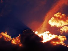 Free Clouds At Sunset Royalty Free Stock Photos - 130575428