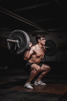 Free Photo Of Man Lifting Barbell Stock Photography - 130644922