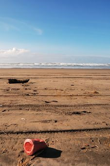 Free Litter On The Beach Stock Photos - 13077973