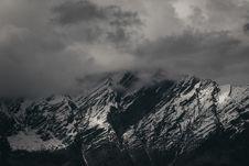 Free Snow Capped Mountain Stock Photo - 130707100