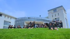 Free Grass, Campus, Lawn, Building Royalty Free Stock Images - 130998089
